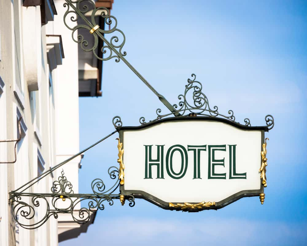 How Your Hotel Can Bank on Low Season to Generate Great Reviews