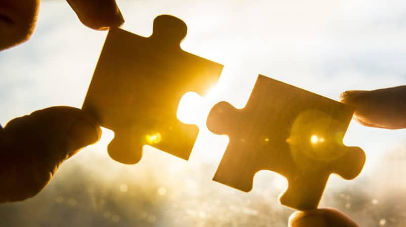 puzzle pieces to show effectiveness of reputation management and local business seo